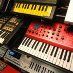 Клавишные инструменты - Синтезаторы