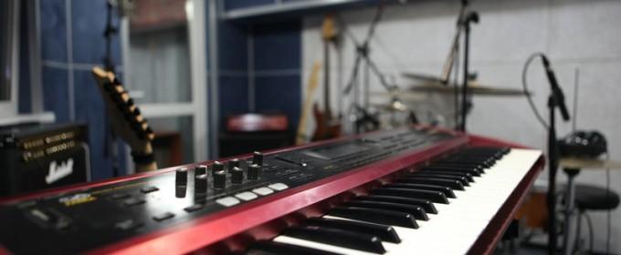 Инструменты на студии звукозаписи