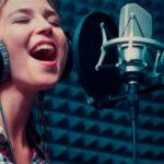 Запись вокала в студии звукозаписи