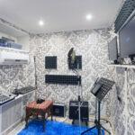 Вокальная комната на студии звукозаписи
