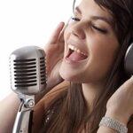 Исполнение песни