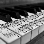 Пианино и ноты