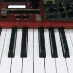 Как выбрать синтезатор по типу клавиатуры